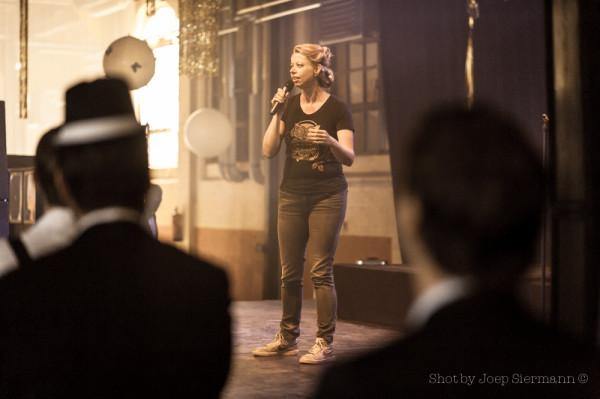 20142905--®JBSiermann-bol-comedy-Move-80